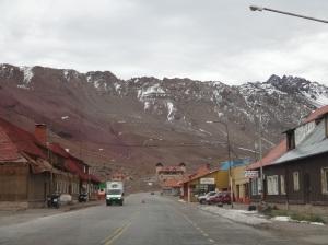 O povoado praticamente abandonado, acho que aqui so funciona no inverno