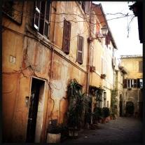 A cor marrom predominante na região antiga de Roma