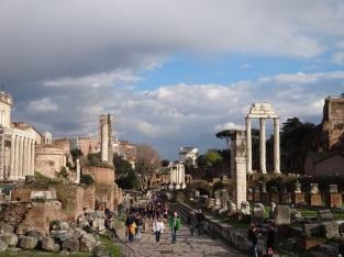 Fórum Romano, viagem e tente lembrar das aulas de histórias